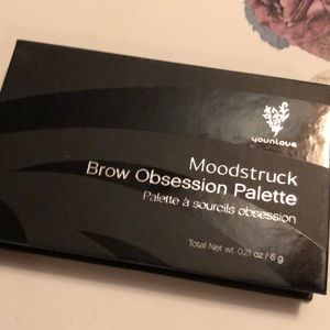 Younique Moodstruck Brow Palette